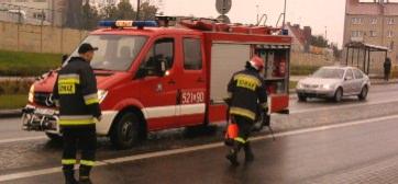 Zastęp SLRd z JRG przy skrzyżowaniu z ul. Skarszewską